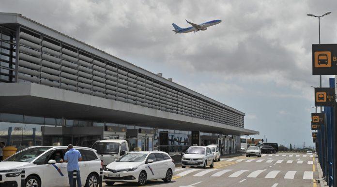 Dos vols setmanals d'easyJet connectaran l'aeroport de Reus amb el de Londres-Luton a partir del març de 2018