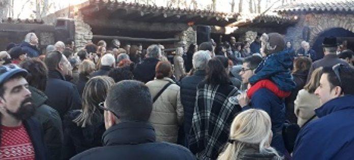 Salou dóna la benvinguda al Nadal amb una trobada multitudinària a la Masia Catalana
