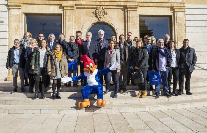 Ajuntaments i entitats turístiques de la Costa Daurada renoven l'acord per promocionar-se en fires nacionals, estatals i internacionals sota el paraigua de la Diputació de Tarragona