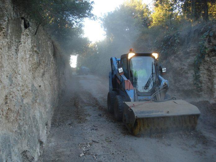 Medi Ambient renova el paviment als camins de Blancafort, del Mig i del Roquís