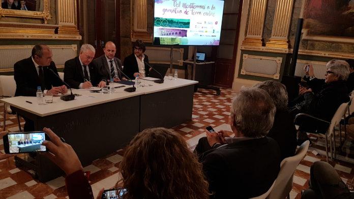 La Diputació de Tarragona i la DO Terra Alta signen un acord de col·laboració amb motiu de la celebració del concurs internacional Grenaches du Monde 2018