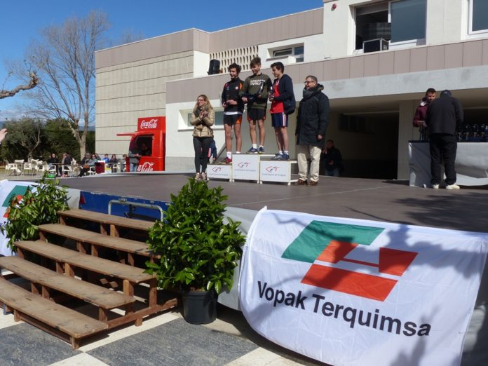 VIII edició del Cross Solidari del Colegi Turó - Vopak Terquimsa