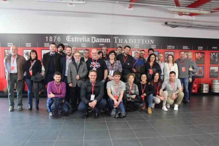 ELS PARTICIPANTS DE LA GANXET PINTXO VISITEN LA FÀBRICA D'ESTRELLA DAMM