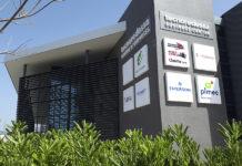 L'edifici Tecnoparc renova la imatge de la seva façana i dóna visibilitat a les empreses instal·lades