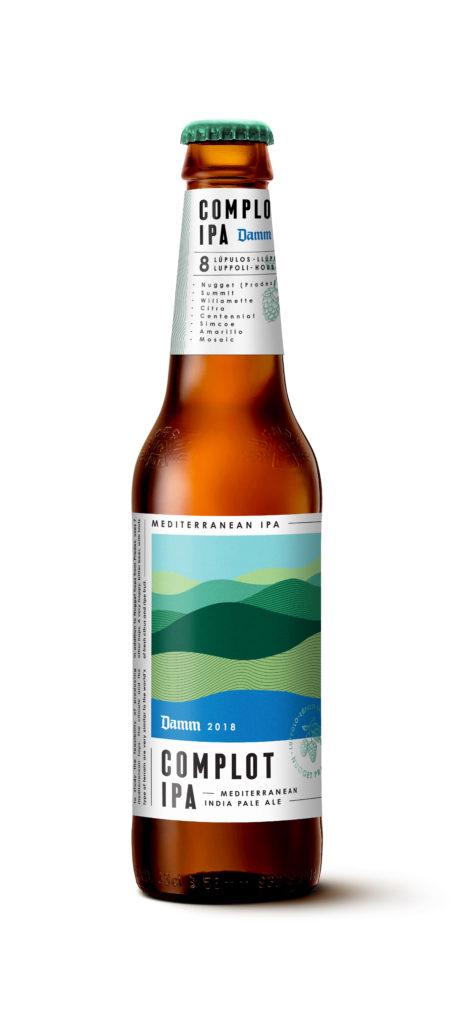 La nova cervesa Complot és la primera que la companyia elabora amb llúpol de la localitat tarragonina de Prades