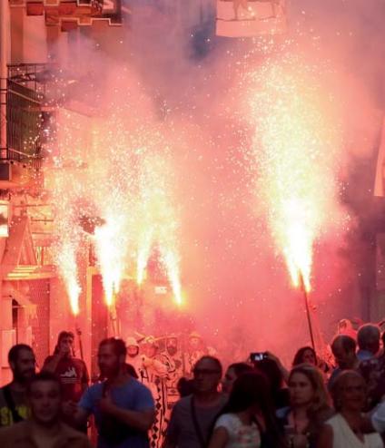 Viure la festa, sortir al carrer!