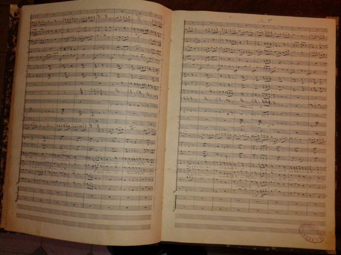 Localitzada al Centre de Lectura la partitura original de l'