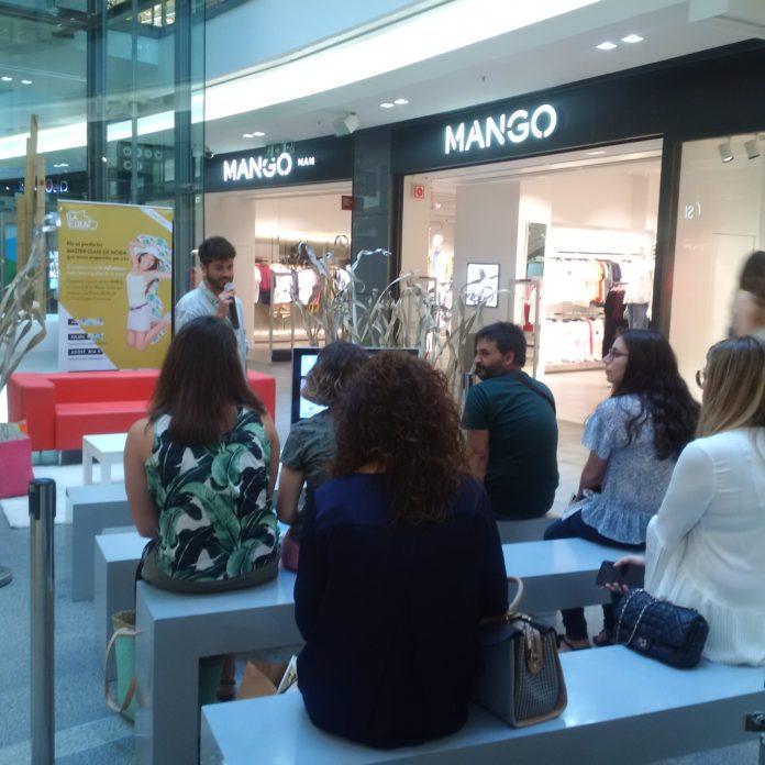 L'influencer Ivan Claverias visita La Fira Centre Comercial i fa la seva Master Class
