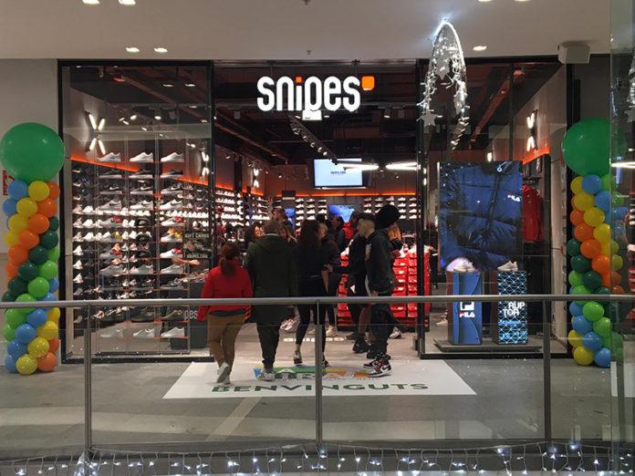 Nike, adidas, vans, jordan