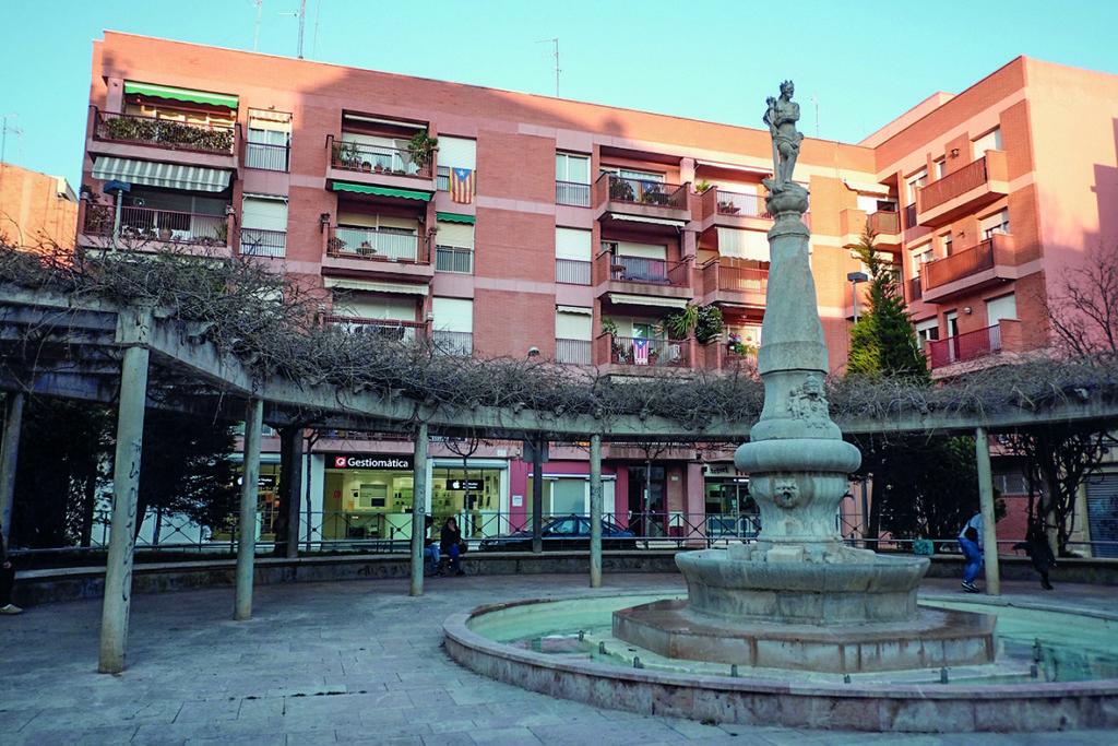 Actual Cal Fontana, a la plaça del Víctor,