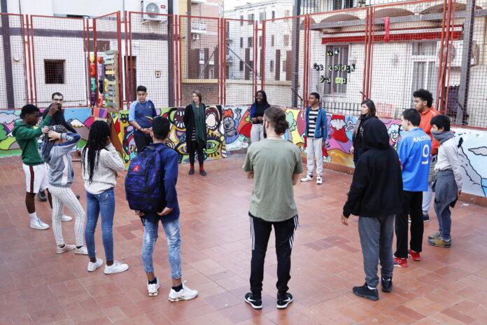 Les Escoles Obertes d'Estiu es reinventen pel coronavirus a 12 territoris interculturals de Catalunya