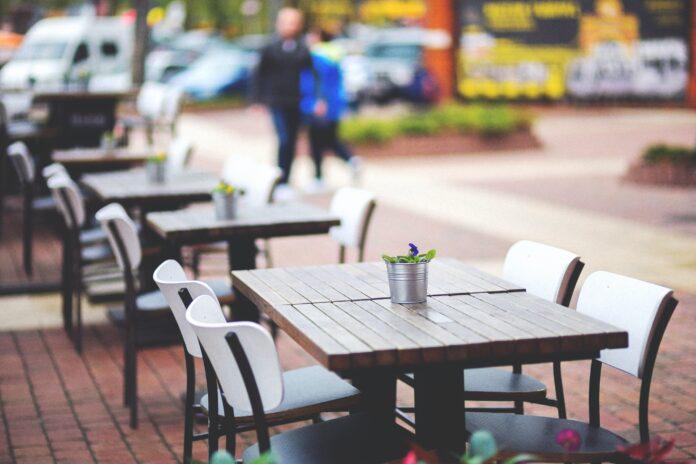 L'Associació d'Hostaleria de Reus demana la condonació de la taxa d'escombraries i terrasses