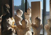 La galeria d'art Anquins de Reus presenta l'exposició Cuirasses de Teresa Riba