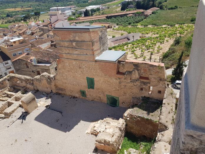 El projecte Alt Camp Història i Patrimoni, permet iniciar una important fase de restauració del Castell de Vallmoll
