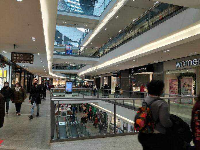 Tres noves obertures molt aviat a La Fira Centre Comercial
