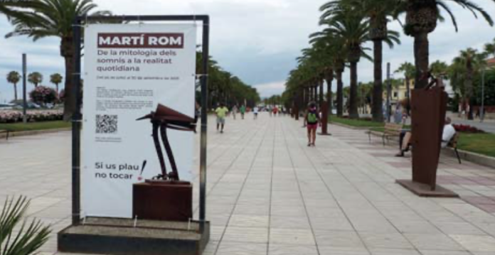 L'exposició de Martí Rom comprèn onze peces ubicades al Passeig Jaume I, i quatre més, a la Torre Vella de Salou.